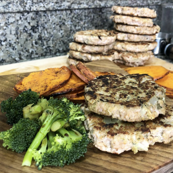 Healthy Turkey Burgers with Sweet Potatoes and Steamed Broccoli